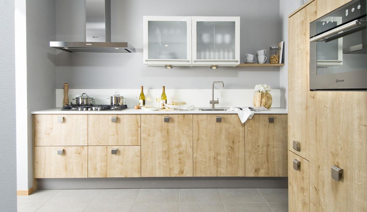 Tavannes Houten keuken