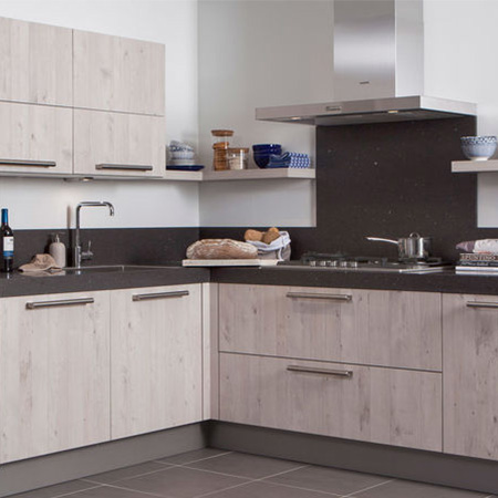 Eiken Houten Keukendeurtjes.Houten Keukens Modern En Trendy Keuken Kampioen