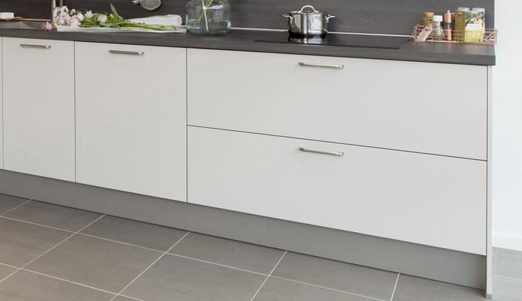 Keukentrend - brede keukenladens